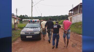 Dois suspeitos de matar adolescente são presos em Poços de Caldas (MG) - Dois suspeitos de matar adolescente são presos em Poços de Caldas (MG)