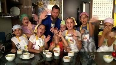 Lugar de criança é na cozinha! - Crianças aproveitam as férias para fazer cursos de culinária e já revelam seus talentos gastronômicos