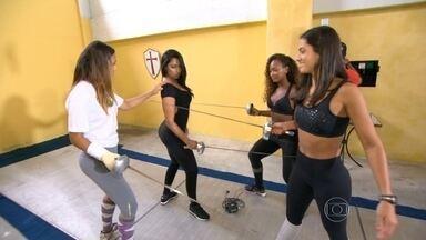 Conheça detalhes sobre esgrima - O quadro 'Olimpíadas do Samba', mostra um desafio entre competidoras de esgrima.