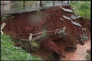 Chuvas causam transtornos para moradores de Frutal - Pontos de alagamento foram registrados na cidade.Secretário de Planejamento e Desenvolvimento falou sobre o assunto.