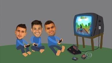 Concentrados na Toca, jogadores do Cruzeiro buscam alternativas para se divertir - Atletas ficaram no centro de treinamento por 10 dias na pré-temporada
