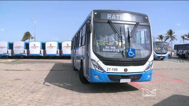 Nesta sexta-feira (15), 24 novos ônibus foram entregues pela Prefeitura em São Luís - Prefeitura disse que, após licitação do transporte público, vai substituir todos os antigos ônibus por novos.