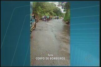 Motorista de caminhão morre em acidente próximo a Uberaba - Segundo a Polícia Militar Rodoviária, o veiculo que ele dirigia ficou sem freio e ele perdeu o controle da direção.
