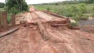 Chuva provoca estragos em estradas de Paranhos, MS - Um levantamento da prefeitura do município aponta que vão ser necessários R$ 4 milhões para a recuperação.