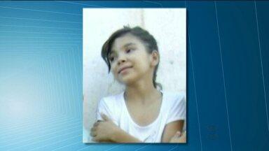 Criança morre afogada após ser carregada por correnteza no Sertão da Paraíba - O pai só conseguiu salvar uma das filhas.