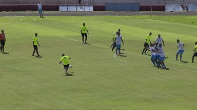 Jogo treino entre Coritiba e Foz Futebol fica no empate - A partida foi no domingo de manhã no estádio do ABC.