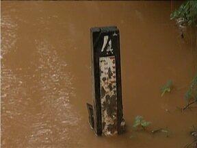 Fabriciano é um dos municípios com risco de inundação e enxurrada por causa da chuva - Vale do Aço está em estado de alerta de deslizamentos de terra.