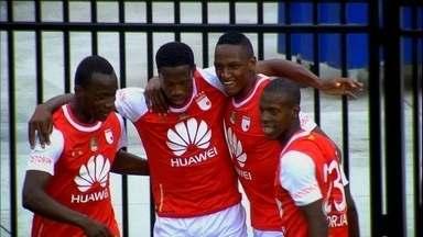 Independiente Santa Fé vence o Fort Lauderdale Strikers pelo Torneio da Flórida - Atual campeão da Sul-Americana abriu 2 a 0, mas time americano diminuiu com golaço de brasileiro.