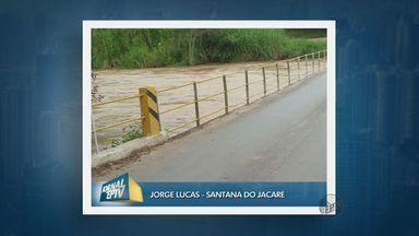 Rio Jacaré sobe e quase chega à entrada de Santana do Jacaré (MG) - Rio Jacaré sobe e quase chega à entrada de Santana do Jacaré (MG)