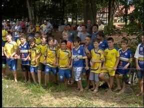 Jovens talentos do futebol se reúnem em Rancharia - Copa Mercosul garante oportunidade em times grandes.