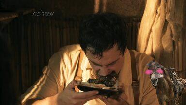Candinho se empolga ao comer coxa de frango - Burro fica envergonhado com a reação do amigo ao ver um prato de comida
