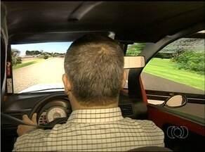 Quem está tirando carteira de motorista terá que passar pelo simulador eletrônico - Quem está tirando carteira de motorista terá que passar pelo simulador eletrônico