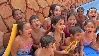 Crianças aproveitam colônia de férias em Rondonópolis - Crianças aproveitam colônia de férias em Rondonópolis