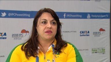 Márcia Menezes conta como superou drama e faz sucesso como halterofilista paralímpica - Atleta ganhou medalha de bronze inédita para o país.
