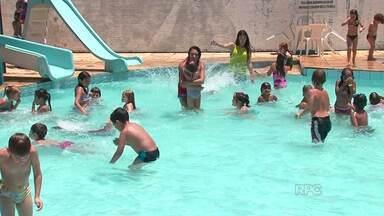 As colônias de férias são uma opção para os pais nesta época do ano - As crianças aproveitam pra se divertir enquanto as aulas não começam. Se for longe da tecnologia, melhor ainda.