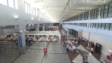 Aeroporto de Salvador é considerado o segundo pior do país em pesquisa - É a segunda vez consecutiva que Salvador é mal colocada na Pesquisa Permanente de Satisfação do Passageiro, feita pela Secretaria de Aviação Civil.