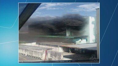 Princípio de incêndio atinge prédio da Universidade Estadiual do Amazonas - Caso ocorreu na Rua Major Gabriel, Centro de Manaus.