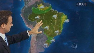 Previsão é de chuva forte em praticamente todas as regiões do Brasil - A chuva vai atingir entre o Amazonas, Ceará e norte do Paraná,., principalmente o Maranhão, São Paulo, Minas Gerais e Rio de Janeiro.