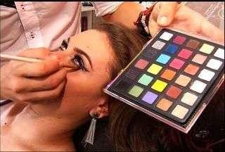 Confira dicas de maquiagem para o Carnaval - Mesmo com máscaras, maquiagem faz parte do look carnavalesco