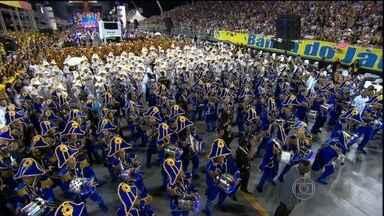 Campeã do carnaval de São Paulo será conhecida nesta terça-feira (9) - Nenhuma escola será punida pela Liga das Escolas de Samba. Fantasia será o critério de desempate e este será o último item a ser divulgado.