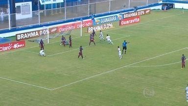 Fluminense e Madureira empatam em partido do Campeonato Carioca - As equipes se enfrentaram em Macaé. O placar terminou em 3 a 2.