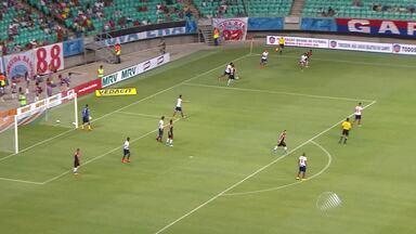 Bahia vence Flamengo de Guanambi por 2x1 - Time vencedor é o novo líder do Baianão.
