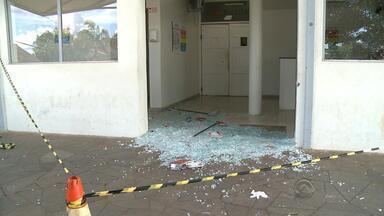 Pessoa morre em tiroteio em Cruz Alta, RS - Dois homens armados em uma moto foram os responsáveis pelo assassinato.