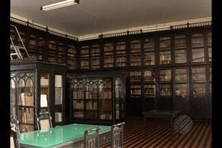 Biblioteca do Grêmio Português é a terceira maior em obras lusitanas no Brasil - Confira as curiosidades que o local guarda.