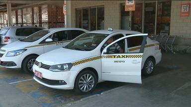 Número de usuários de taxis diminui em Campina Grande - Preço da bandeirada deverá subir na cidade