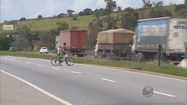 Levantamento aponta que maioria dos acidentes na Fernão Dias acontecem perto de passarelas - Levantamento aponta que maioria dos acidentes na Fernão Dias acontecem perto de passarelas