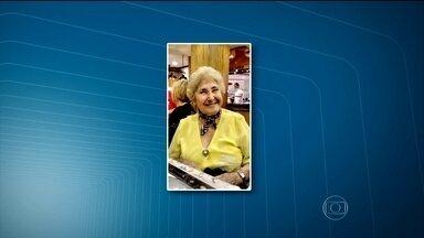 Assaltantes retiram cadeirante idosa do carro e ainda atiram nela, em SP - Os assaltantes arrancaram a mulher, de 87 anos, com violência de dentro do veículo e ainda atiraram nela. A idosa foi socorrida em um hospital público na Zona Norte, mas acabou transferida porque o tomógrafo da unidade de saúde está quebrado.