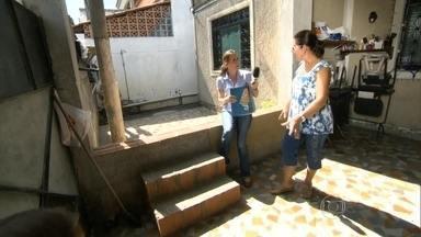 RJ Móvel estaciona pela primeira vez na Posse, Nova Iguaçu, para cobrar obras de drenagem - Moradores sofrem há anos com alagamentos e já perderam móveis e eletrodomésticos por causa da chuva. Eles pedem que a prefeitura resolva o problema de vez.