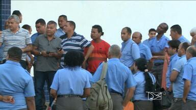 Por atraso nos salários, rodoviários entram em greve em São Luís - São Luís amanheceu praticamente sem ônibus pelo segundo dia consecutivo. Impasse entre rodoviários e empresários quanto ao pagamento de salários foi o motivo do ato grevista.