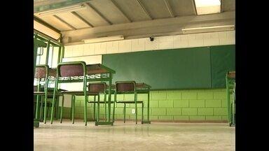 Escolas municipais de Santa Maria, RS, estão sem professor - Na maior escola municipal da cidade faltam 17 professores.