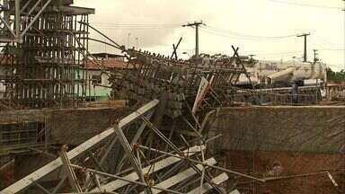 SRT embarga obra após desabamento de ponte em Fortaleza - Duas pessoas morreram e sete ficaram feridos.