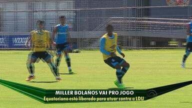 Bolaños é inscrito no BID e pode estrear pelo Grêmio contra a LDU - Meia-atacante equatoriano treina com bola há 10 dias e é opção para Roger.