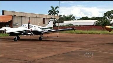 Goianos reclamam do descaso com aeroportos no interior do estado - Dez cidades estão dentro do projeto lançado pelo governo federal para ampliar aeroportos regionais.