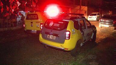 Família é rendida por assaltantes no Jardim Tarobá - Morador foi surpreendido por dois ladrões armados.