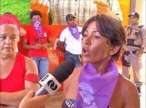 Colheita da safra 2015/2016 é lançada no Tocantins; MST faz manifesto em Palmas - Colheita da safra 2015/2016 é lançada no Tocantins; MST faz manifesto em Palmas
