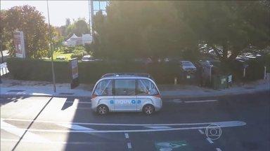 Ônibus elétrico que dirige sozinho começa a circular em testes pelas ruas da Suíça - Um ônibus elétrico que dirige sozinho começa a circular em testes pelas ruas da Suíça