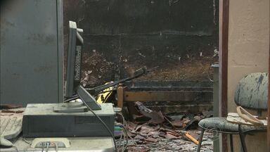 Polícia suspeita que tenha sido criminoso o incêndio a delegacia em Assunção, na PB - Todo o serviço da polícia terá que ser feito em cidade vizinha.