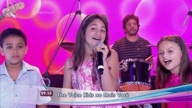 Igor Silveira, Kaliny Rodrigues e Rafa Gomes cantam 'Superfantástico' - Participantes revivem batalha apresentada no 'The Voice Kids'. Ana Maria Braga não consegue segurar as lágrimas