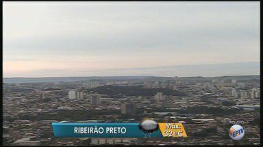 Confira a previsão do tempo para quinta-feira (24) na região de Ribeirão Preto - Meteorologistas prevêem máxima de 32ºC, mas a tarde pode ter chuva forte.