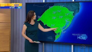 Tempo: chuva deve atingir a metade Norte do RS na tarde quinta-feira (24) - Nas outras áreas são apenas pancadas isoladas.