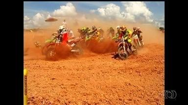 Campeonato Goiano de Motocross movimenta a cidade de Três Ranchos - Primeira etapa da competição reuniu vários competidores no fim de semana