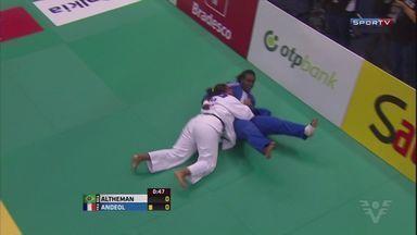 Maria Suelen Altheman conquista medalha de prata em competição - A judoca, que treina em Santos, ficou em segundo lugar no Grand Prix de Tbilisi, na Geórgia.