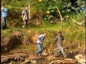 Produtores reclamam de estrada rural de Osvaldo Cruz - Situação tem tirado o sossego dos moradores.