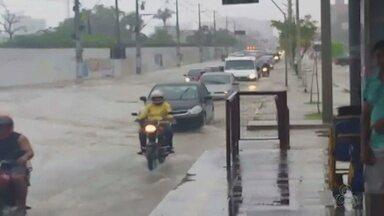 Defesa Civil registra 15 ocorrências devido a chuva em Manaus - Tempo deve continuar nublado nesta quarta-feira.