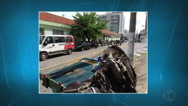 Carroceiros se concentram em via de Juiz de Fora - Eles estavam na Rua São Mateus, na manhã desta quinta-feira (31). PM disse que não registrou nada no local.
