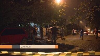 Mulher é assassinada na varanda de casa em Joinville - Mulher é assassinada na varanda de casa em Joinville